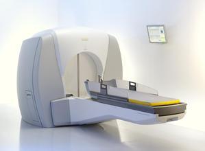 伽码刀与普通放疗相比怎么样